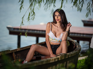 28 Is My Age And At LiveJasmin People Call Me TaniaLovin, A Sex Cam Delectable Lady Is What I Am