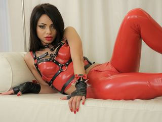 My LiveJasmin Name Is VeronicaQuinn And A Cam Pleasing Woman Is What I Am! My Age Is 25 Years Old