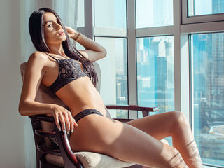 My Age Is 20 Years Old And At LiveJasmin I'm Named EmmaCrox! A Webcam Stunning Hottie Is What I Am