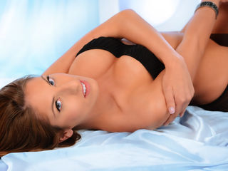 I'm A Live Chat Horny Chick! My Model Name Is Candygaby, I'm 32 Years Old