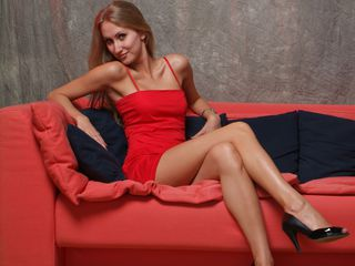 I'm 28 Yrs Old, A Sex Chat Sensual Chick Is What I Am And At LiveJasmin People Call Me NaughtyAngelforU