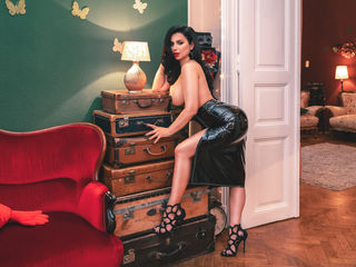 At LiveJasmin People Call Me CassyeCross! My Age Is 29 Years Old And A Camwhoring Luscious Babe Is What I Am