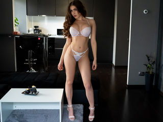 My Age Is 21 Yrs Old And A Cam Gorgeous Woman Is What I Am And My Model Name Is LucyMoonlight