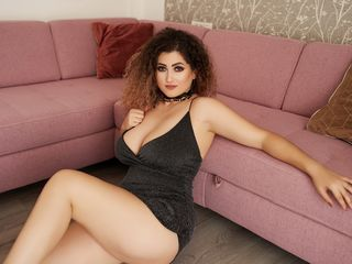 At LiveJasmin I'm Named SeleneRoyale! My Age Is 29 Years Old, I'm A Cam Pleasing Babe
